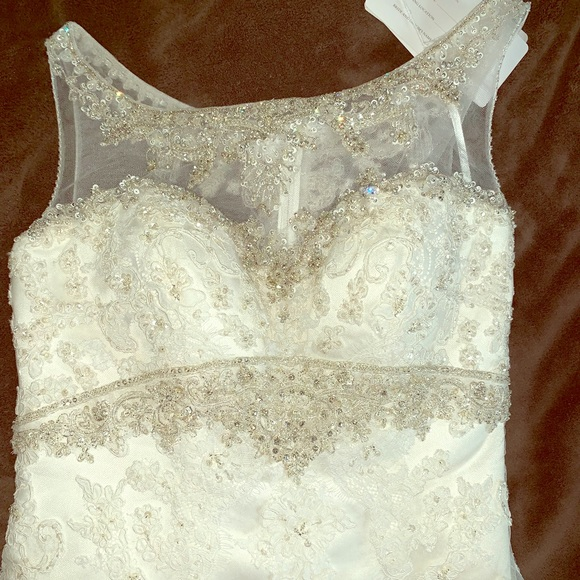casablanca Dresses & Skirts - Bridal Gown